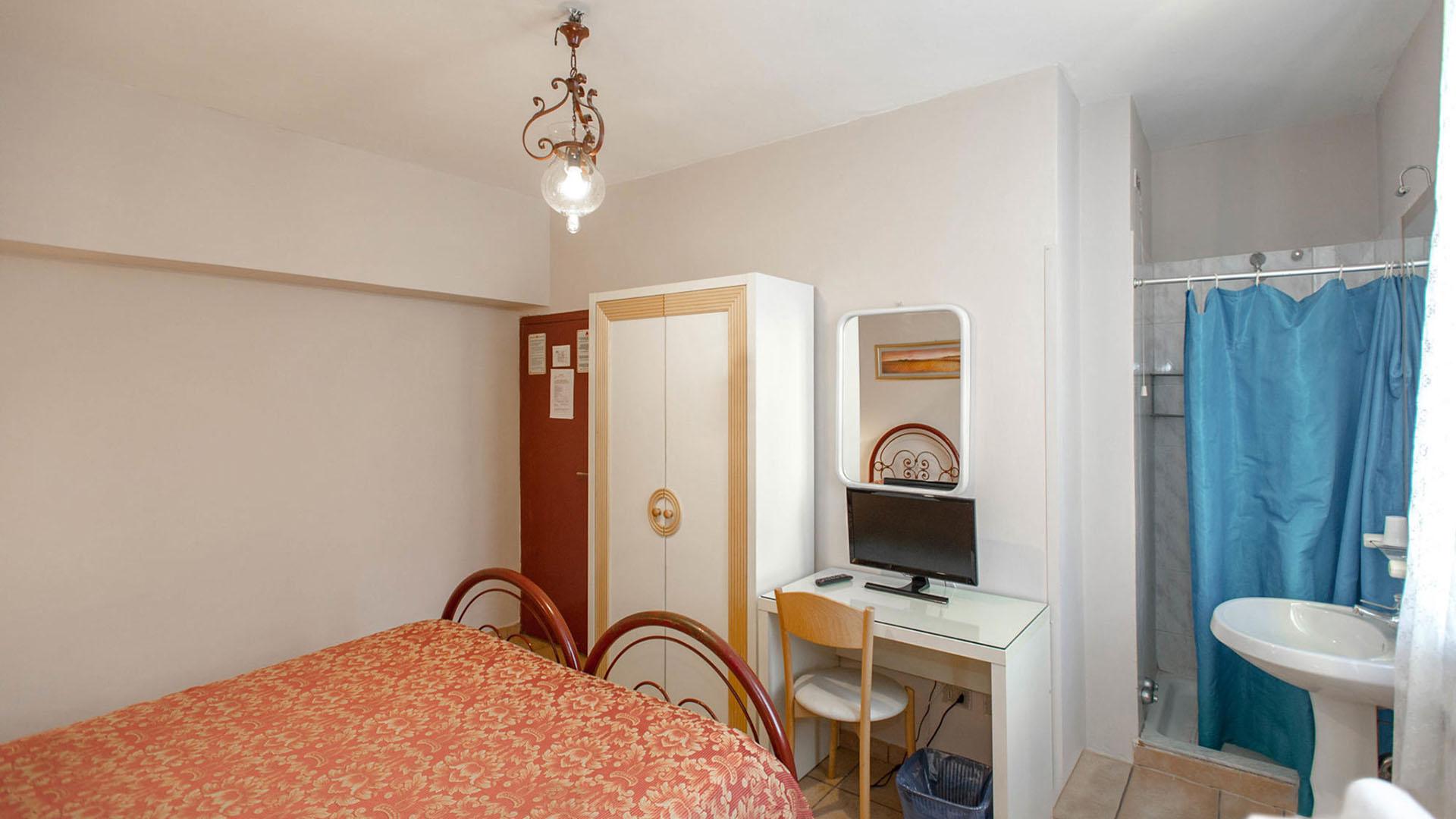 Bagno In Comune Hotel : Hotel o catraio affittacamere montijo