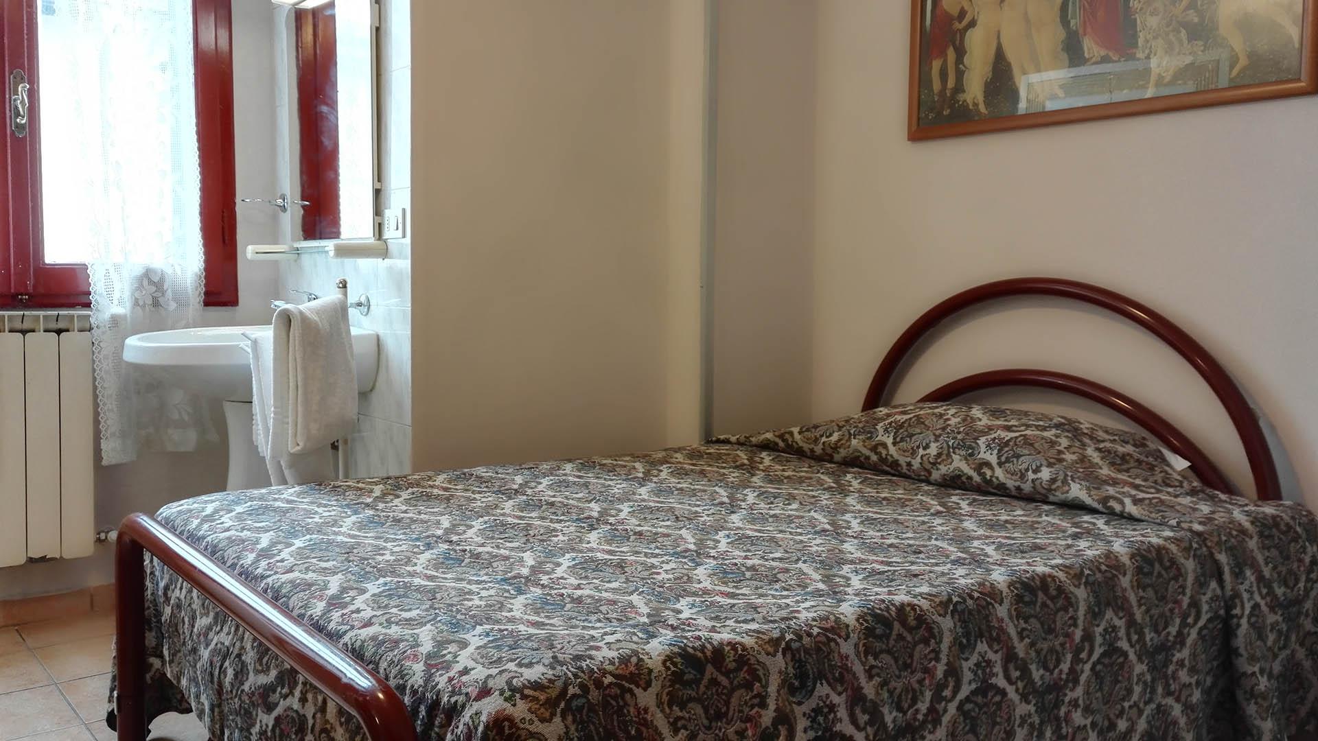 Bagno In Comune Hotel : Hotel bavaria firenze
